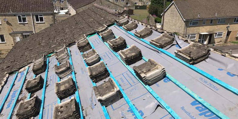 roof repairs cotswolds