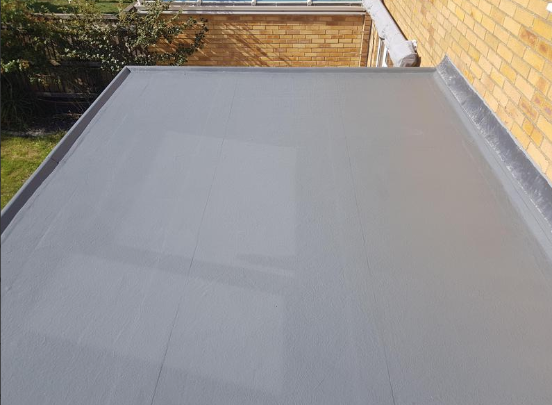 flat rubber roof after